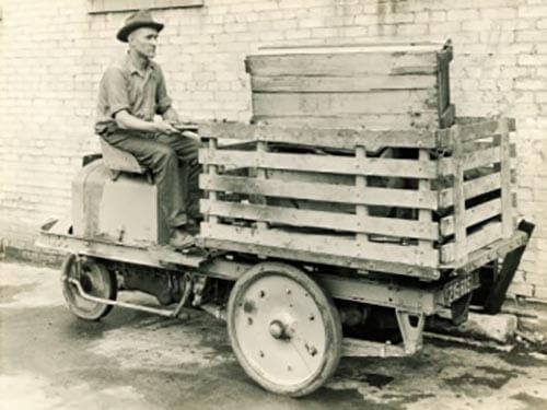 Історія вилкового автонавантажувача
