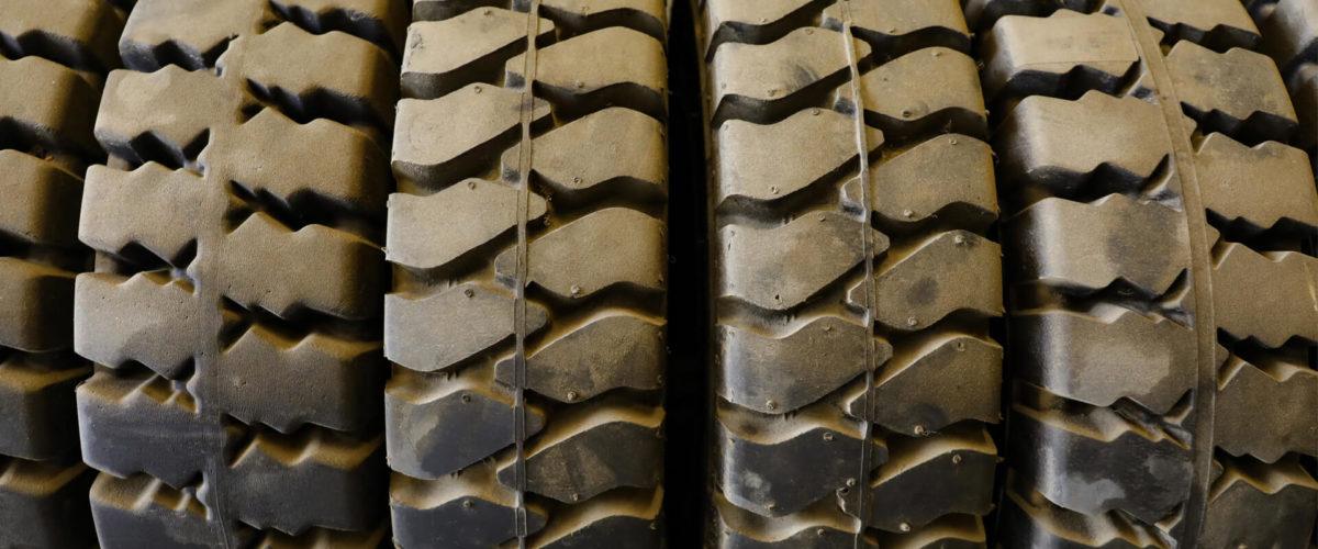 Обираємо шини для навантажувача